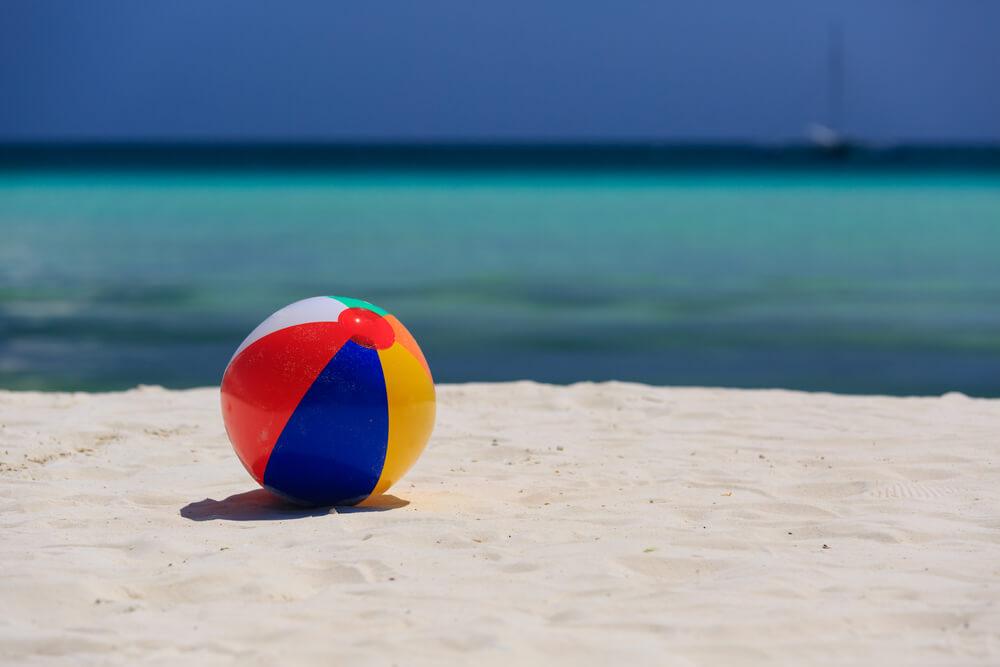 Lopta za plažu - nezaobilazni promotivni materijal tokom leta 1