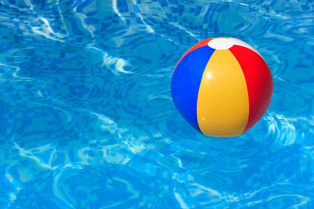 Lopta za plažu - nezaobilazni promotivni materijal tokom leta 2